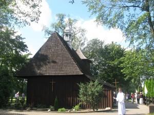 Drewniane kościoły ziemi wieluńskiej - Gaszyn