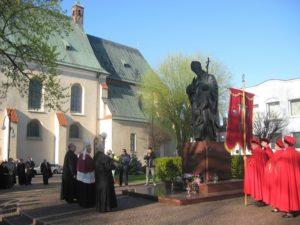 Uroczystości jubileuszu Chrztu Polski pod pomnikiem Jana Pawła II