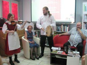 Grają Natalia Panek i Kamil Kokot